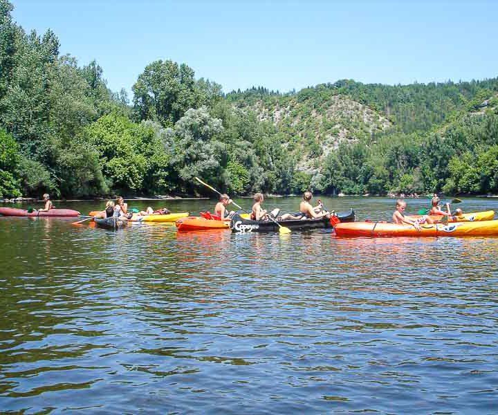 Op vakantie naar de Dordogne voor mensen met een handicap. Adios Reizen is een reisorganisatie voor mensen met een handicap die niet zelfstandig op vakantie kunnen.